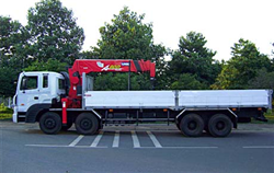 15 ton Self-Propelled Crane Rental