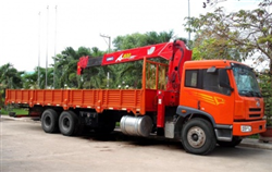 10-ton Self-Propelled Crane Rental